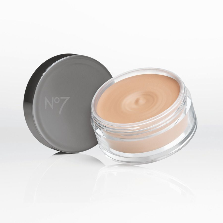No.7 Beautifully Matte Mousse Foundation Full Size 30g Cool ivory